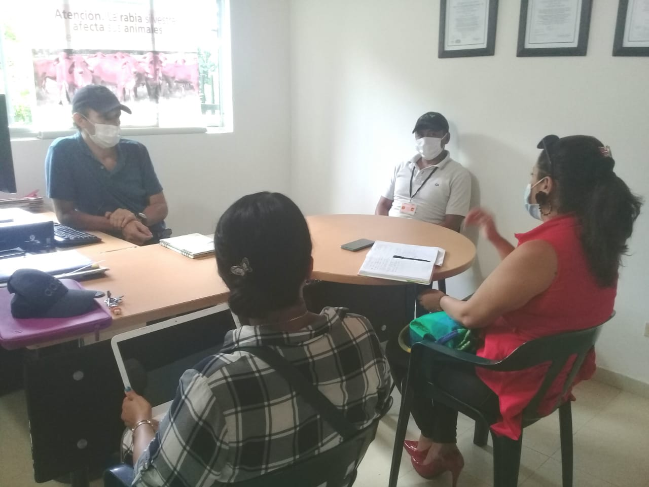 imagen alusiva a  Encuentro entre el proyecto Negocios Verdes y el Instituto Colombiano Agropecuario