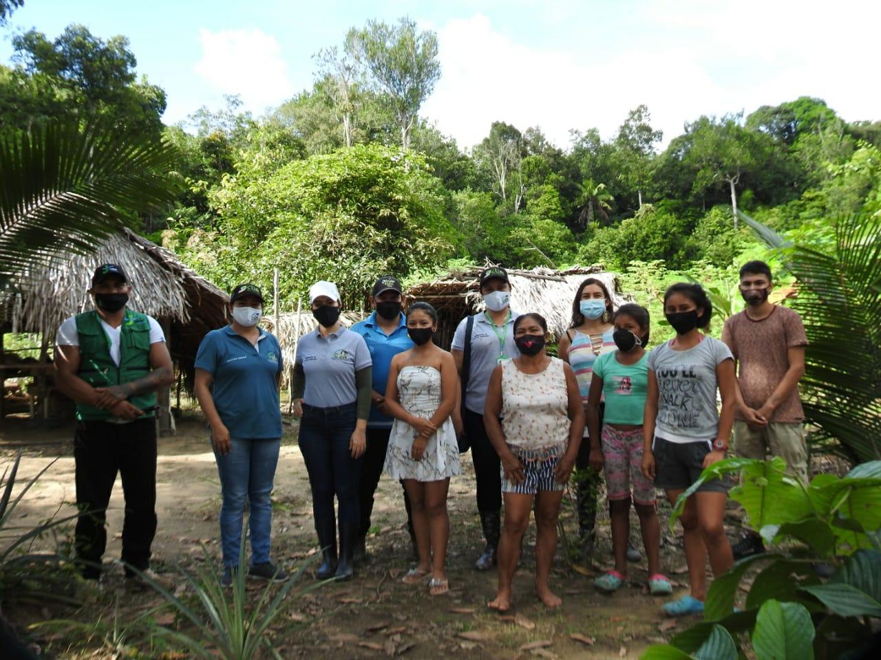 imagen alusiva a  La Dirección General de la Corporación CDA visita a Negocios Verdes del municipio de Inírida
